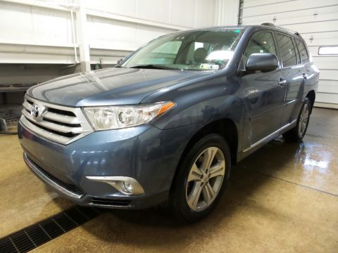 Pre-Owned 2012 Toyota Highlander Limited 4WD