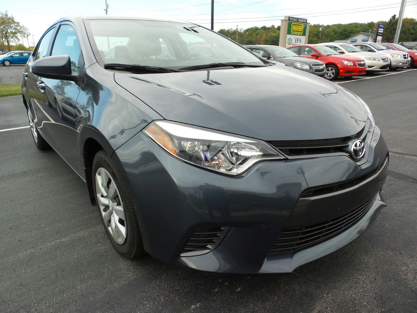 Certified pre owned 2016 toyota corolla le 4dr car in hermitage